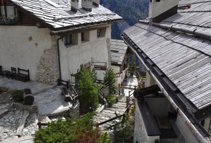 Grangia in borgo antico (2)
